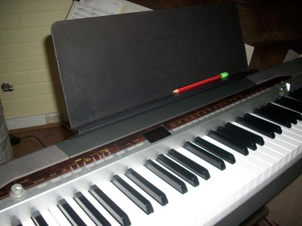 20111208.09-original-music-stand72.jpg