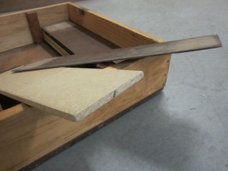 20120718.3-piano-chair-box