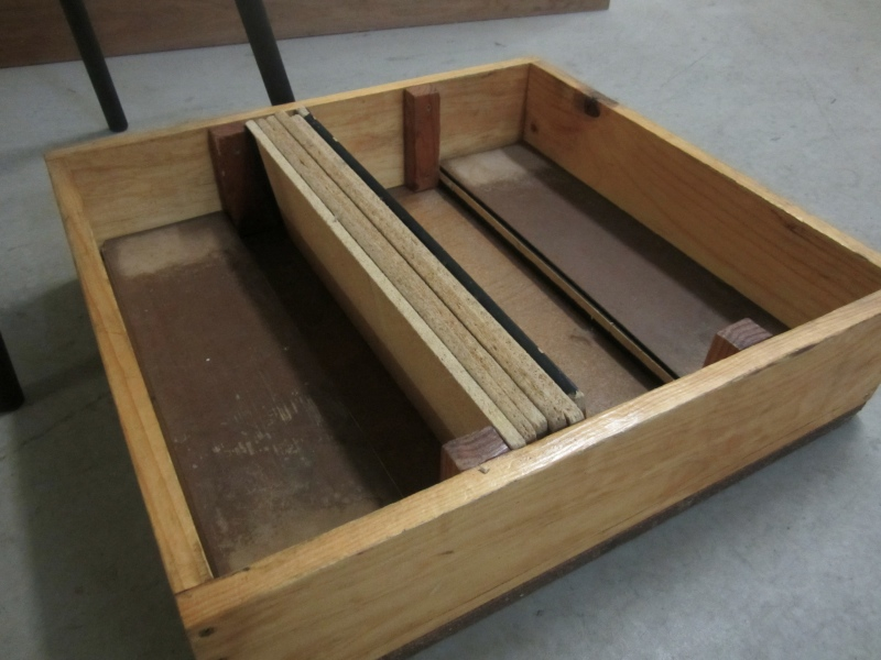 0120718.4-piano-chair-box