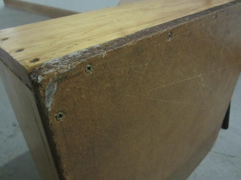 20120718.6-piano-chair-box